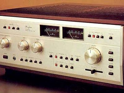 Accuphase E-303